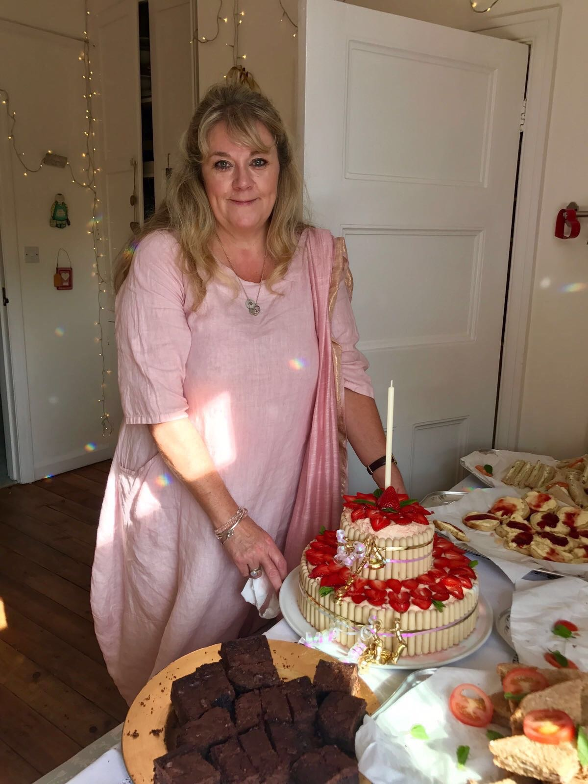 Birthday Cakes & Celebration Cakes Eastbourne East Sussex
